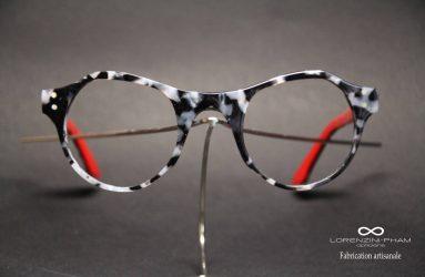 Monture marbré noir et blanc - branches rouges